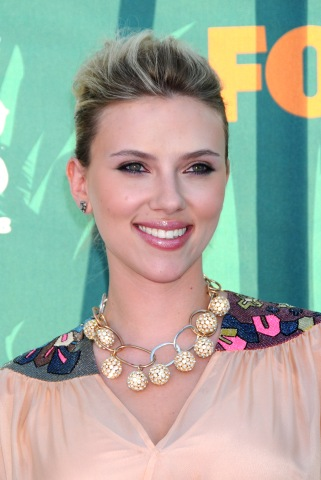 August 3, 2008 Universal City, Ca. Scarlett Johansson Teen Choice Awards 2008 Held at the Gibson Amphitheatre © Tammie Arroyo / AFF-USA.COM