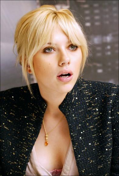 """Conference de presse pour le film """" The Island """". Scarlett Johansson. ***Photos à Autorisations*** Johansson Scarlett"""
