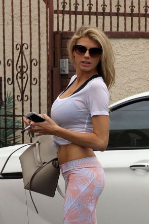 charlotte-mckinney-at-dwts-rehearsals-in-los-angeles-05-14-2015_27