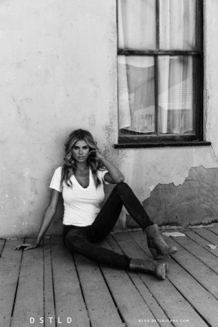 charlotte-mckinney-dlstd-7