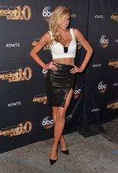 charlotte-mckinney-dwts-afterparty-12