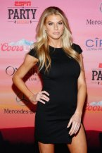 charlotte-mckinney-dwts-afterparty-6