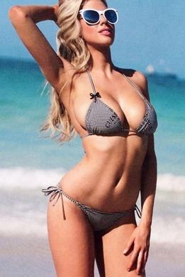 Charlotte-McKinney-Guess-Lingerie_2