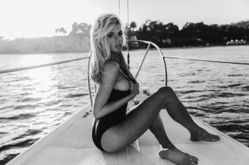 charlotte-mckinney-neave7
