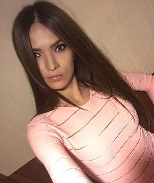 adelinasharipova___Bm6H_1yBz3O___
