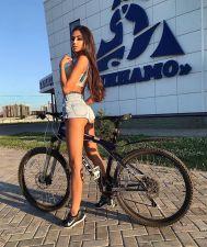 alena_koval____BzvBae_F7CM___