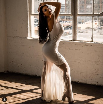 "Screenshot_2018-12-20-ANASTASIA-MARINA--on-Instagram-""Playing-dress-up-✨--alexwill1ams"""