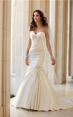 talita-correa-for-stella-york-spring-2015-bridal-collection-2