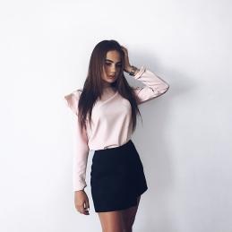 Arina-Murzakova-Wallpapers-Insta-Fit-Girls-17