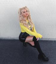 Loren-Gray-Wallpapers-Insta-Fit-Girls-18