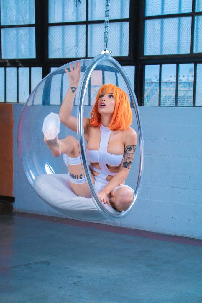 Liz-Katz-leeloo-dallas-cosplay-8-1368x2048